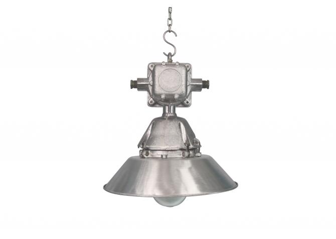 Lampa restaurowana 02 Poler